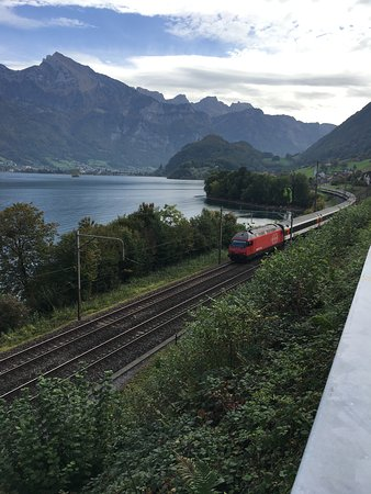 Oberterzen, Suiza: A pochi km