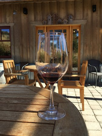 Mazama, WA: Wine at Lost River