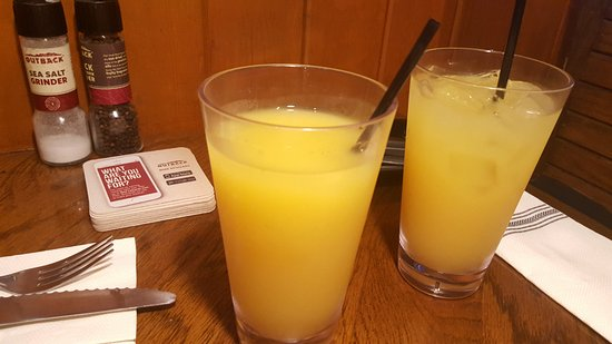 Outback Steakhouse: our drinks