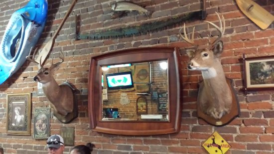 McMinnville, Теннесси: Country chic decor at Collins