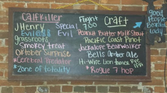 McMinnville, Теннесси: The Craft Beer Board offers for Saturday night