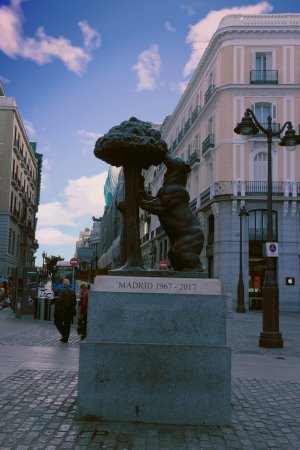 Puerta del sol madrid spain top tips before you go for Puerta del sol santiago