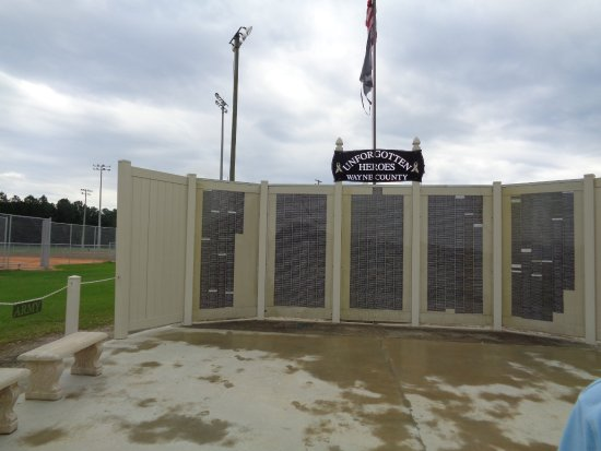 Jesup, Georgien: Veterans Memorial