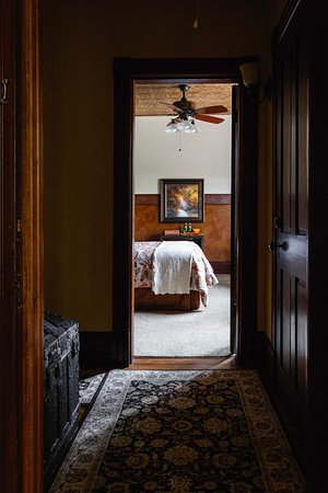 Addison, เพนซิลเวเนีย: Looking into the Trapper's room from the Traveler's room
