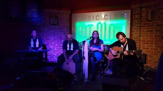 Fat Mo's Restaurant & Music Pub: Jazz Band