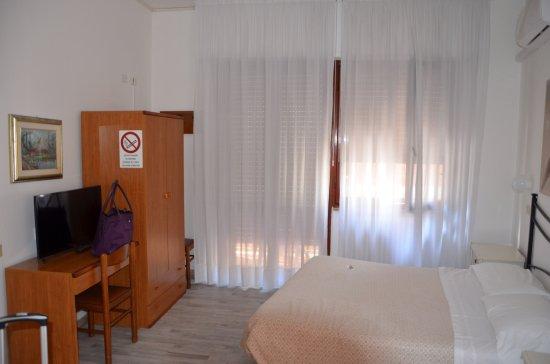 Cecile Hotel: photo0.jpg
