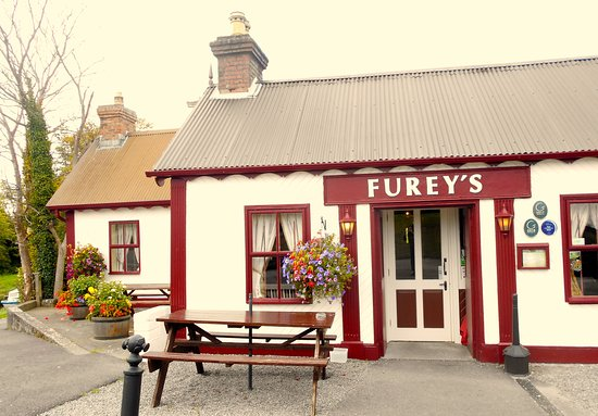 County Kildare, Irlanda: Sweet, canal-side establishment in the Midlands