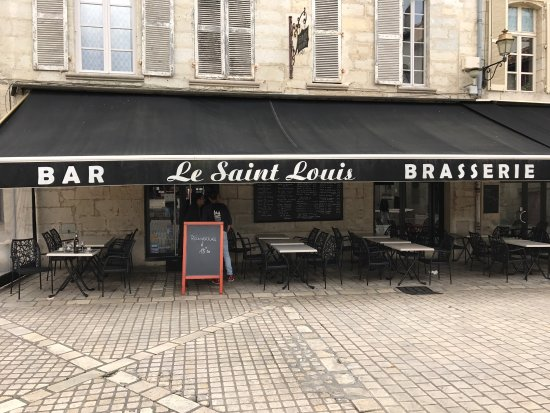 le saint louis perigueux restaurant bewertungen telefonnummer fotos tripadvisor. Black Bedroom Furniture Sets. Home Design Ideas