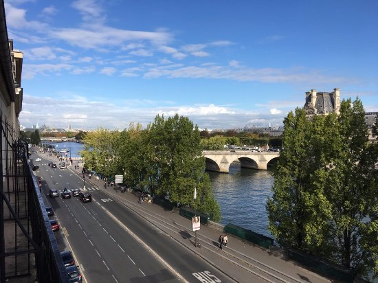 Hotel du Quai-Voltaire : View from 4th Floor Balcony
