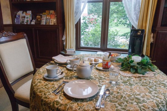 Addison, Pensylwania: Breakfast served in the West Wing Library