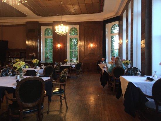 The Crystal Dining Room: photo8.jpg