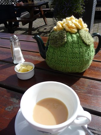 Rosscarbery, Ireland: Tea for two