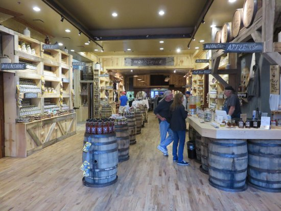Deadwood Distilling Company Shop