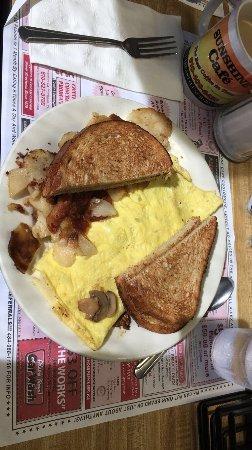Royersford, PA: Mushroom omelette