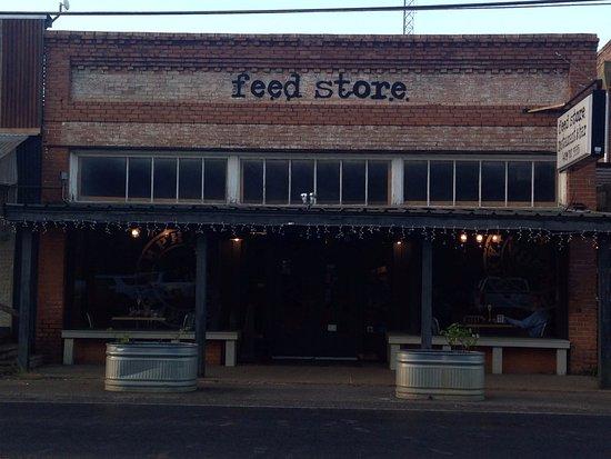 Hemphill, TX: Front of the Restaurant