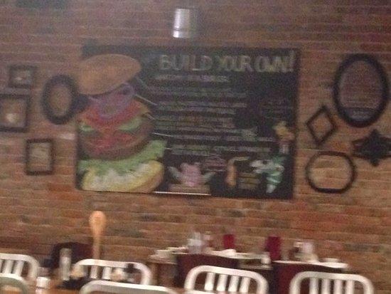 Hemphill, TX: Build your own Burger