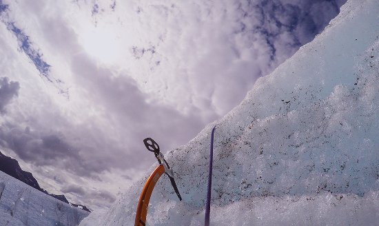 McCarthy, Аляска: Ice climbing on Root Glacier