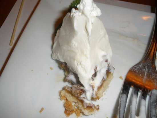 Los Gatos, Καλιφόρνια: what's left of pecan tart, dry, not recommended