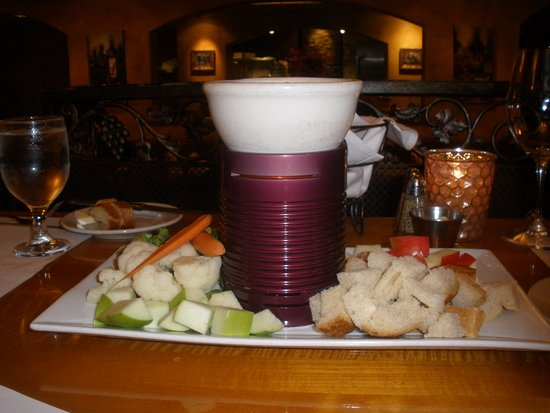 Los Gatos, CA: cheese fondue, good starter for 4