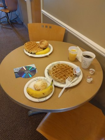 Montague, MI: Continental Breakfast