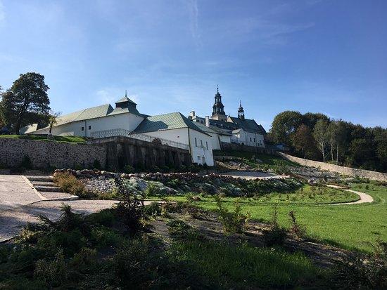 Klasztor, Karczówka