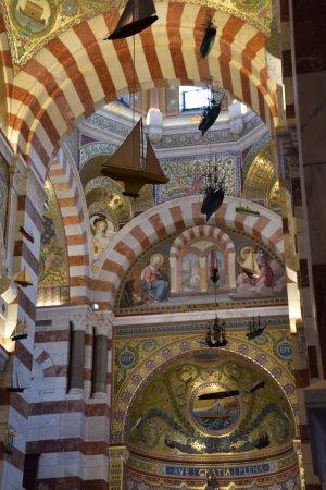 Marseille Provence Greeters - Private Tours: notre dame de france marseille