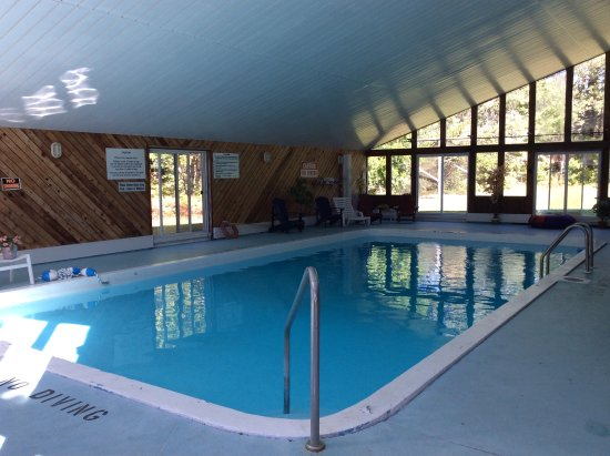 Crestwood Resort And Spa Reviews