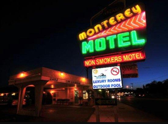 Monterey Motel: Screenshot_20170930-190421_large.jpg