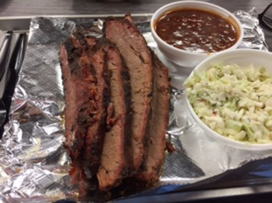 Rocky Mount, VA: Buddy's brisket with sides of slaw and beans