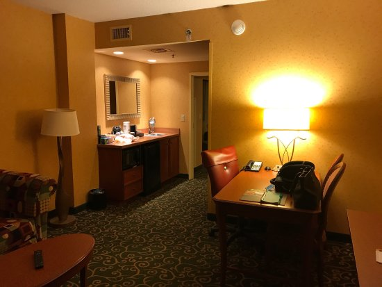 Embassy Suites by Hilton St. Louis St. Charles: photo0.jpg