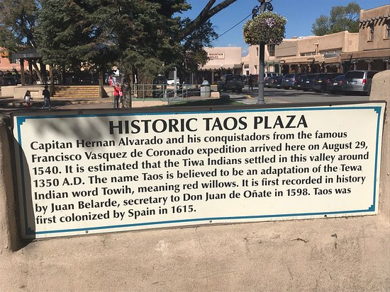 Taos Plaza: photo8.jpg