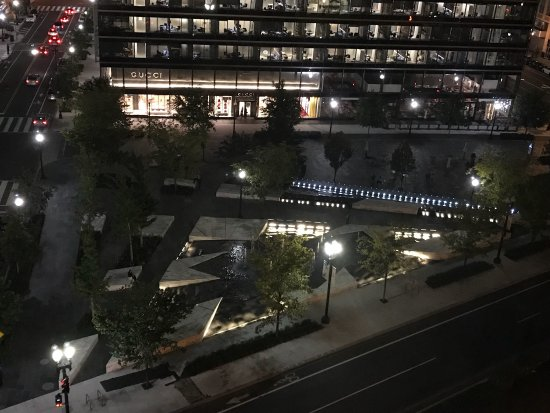 Embassy Suites by Hilton Washington-Convention Center: photo0.jpg