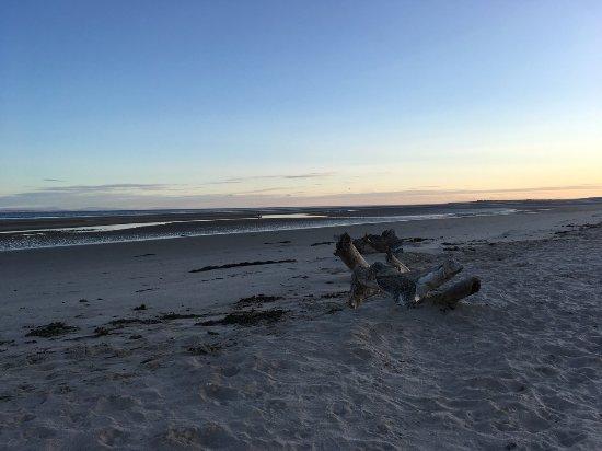 Nairn Beach : Beach at low tide, sunrise