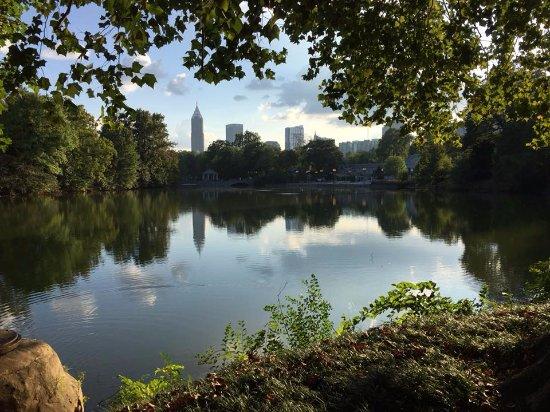 W Atlanta - Midtown: Visiting nearby Piedmont Park