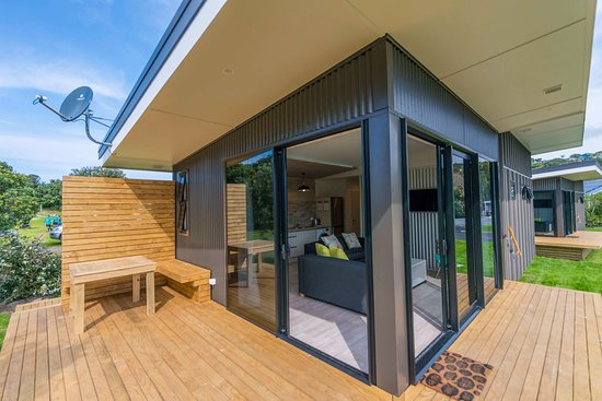 Camp Waipu Cove: 2 Bedroom Self Contained Cabin
