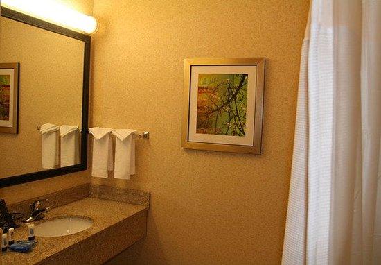 Fultondale, AL: Guest Bathroom Vanity
