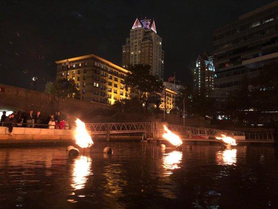 La Gondola: Water fire display.