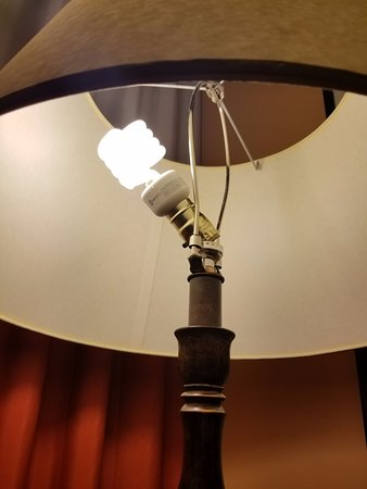 Broken floor lamp - Picture of InterContinental Buckhead Atlanta ...