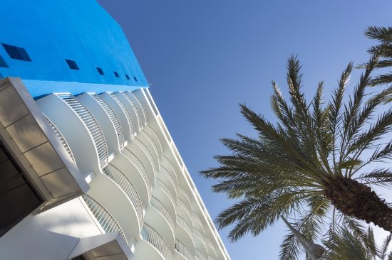 Hilton Clearwater Beach Resort & Spa: Pick Up Exterior2