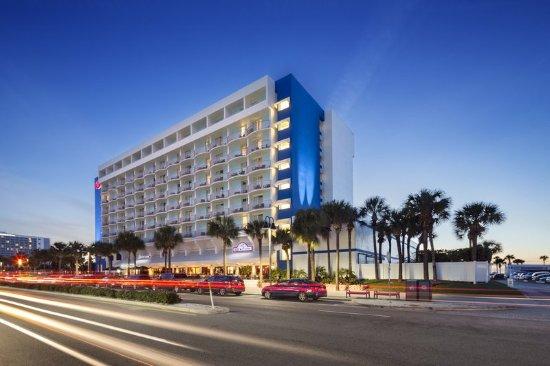 Hilton Clearwater Beach Resort & Spa: Exterior3