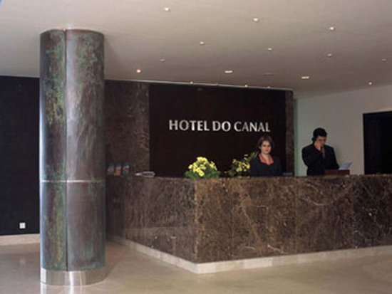 Hotel do Canal: Lobby View
