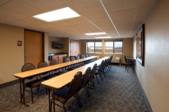 Bay City, MI: Americ Inn Meeting Room