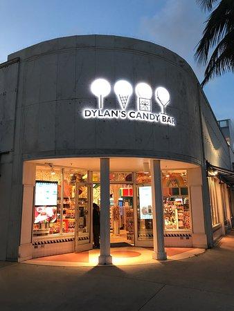 Dylan's Candy Bar: photo0.jpg