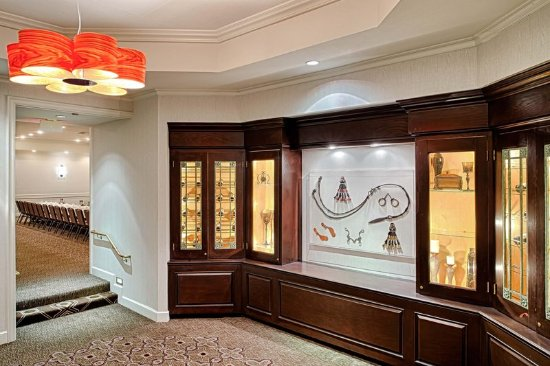 Del Mar, CA: Triple Crown Foyer