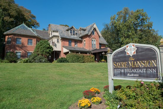 The Sayre Mansion Inn: Overall view of the Sayre Mansion