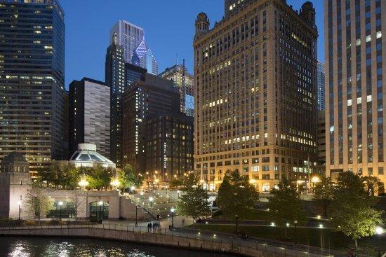 Kimpton hotel monaco chicago updated 2017 prices for Hotel monaco chicago