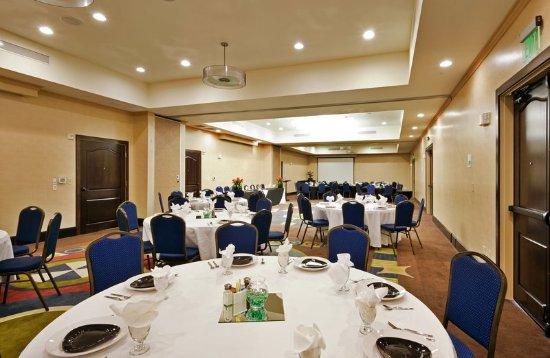 Bellmead, Техас: 2400 Sq ft. Ballroom