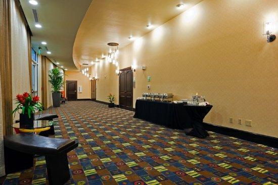 Bellmead, TX: Pre-function Area