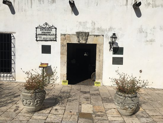 Spanish Governor's Palace: front door