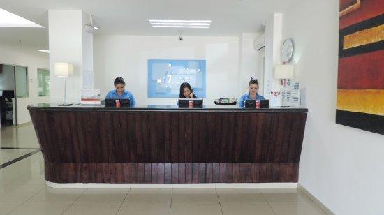 Paraiso, México: Front Desk